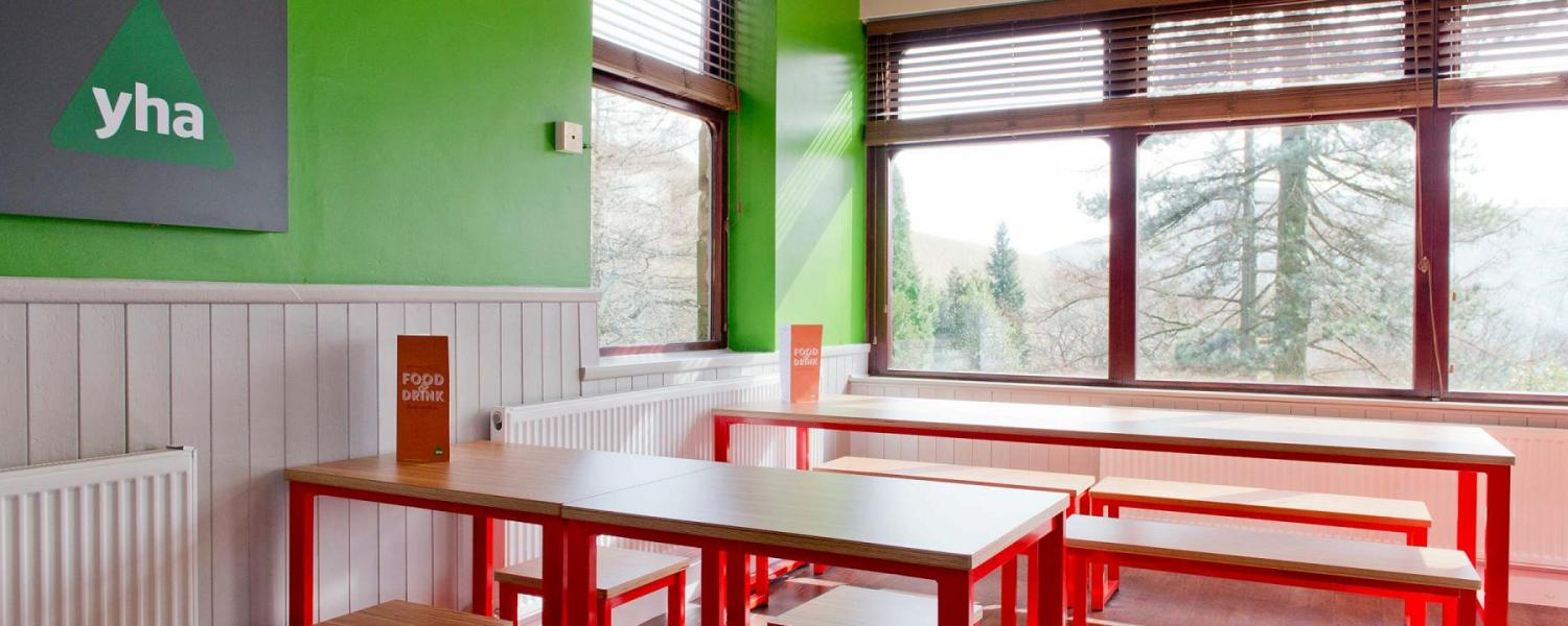 YHA Edale dining room