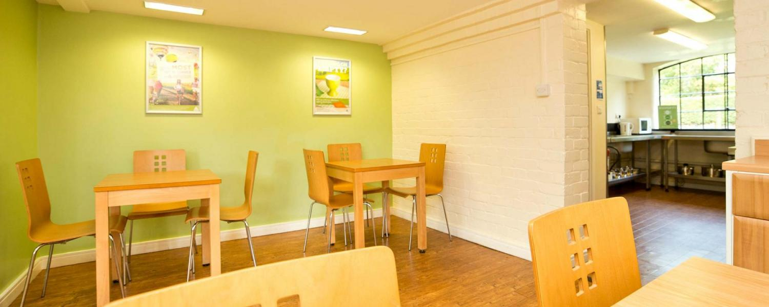 YHA Ironbridge Coalport dining room