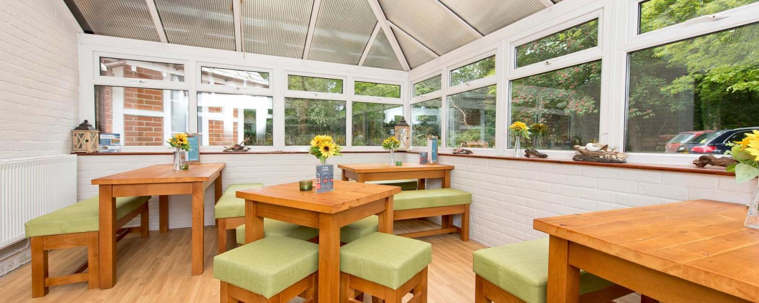 YHA New Forest dining room
