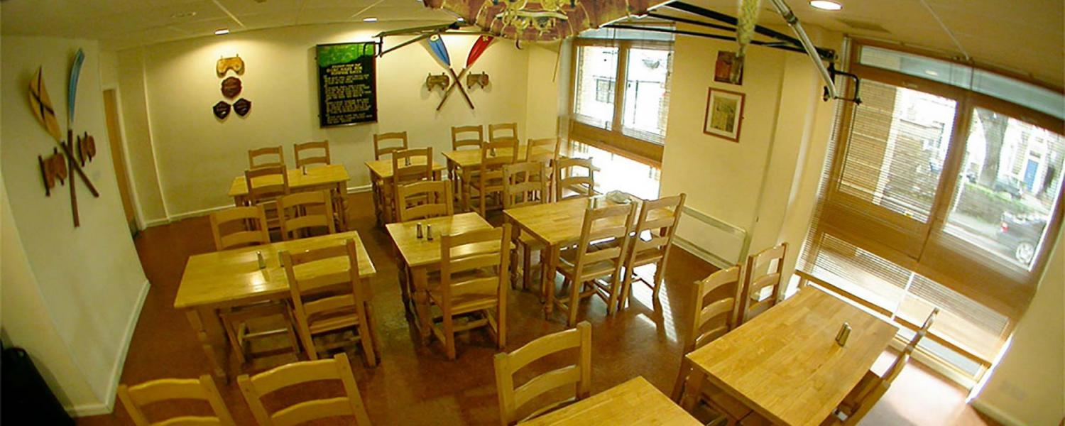 YHA Oxford dining room
