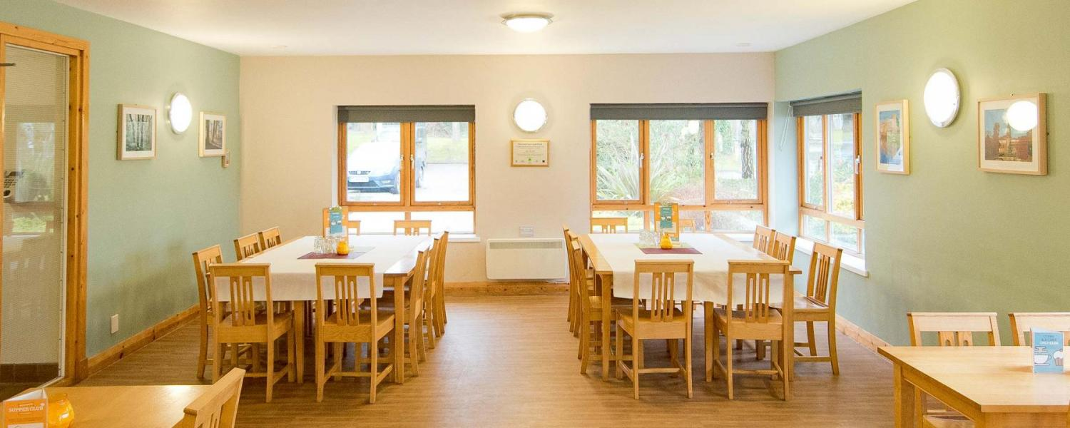 YHA Sherwood Forest dining room