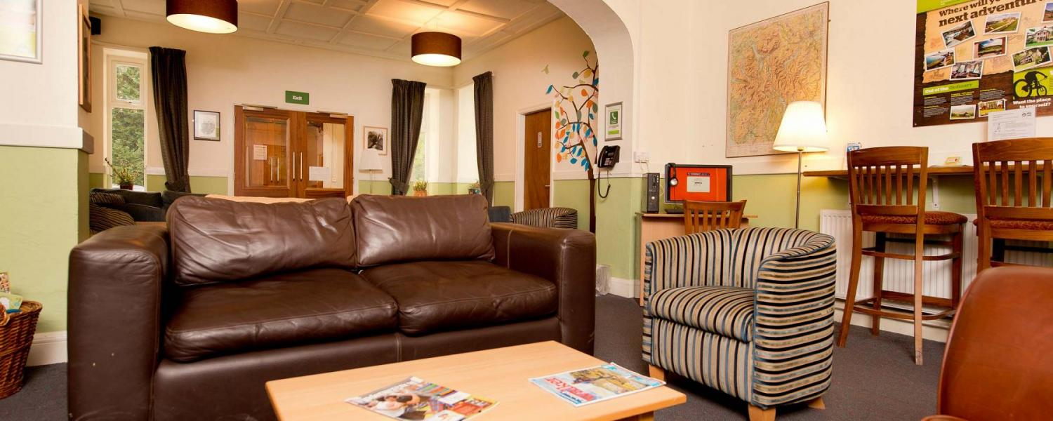 YHA Windermere lounge area