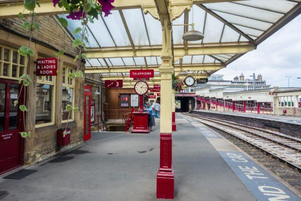 Keighley and Worth Valley Railway station