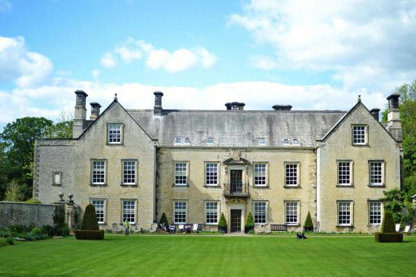 Nunnington Hall house frontage in North Yorkshire