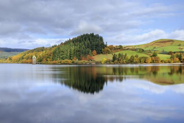 Derwent Reservoir in Edale