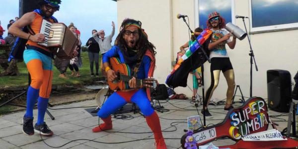Super Cumbia y la Liga de Alegria at Treyarnon Bay's Sunset Sessions