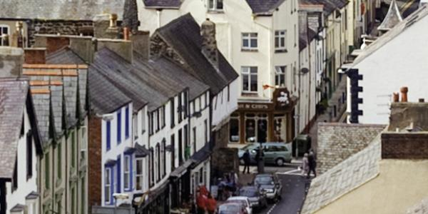 Aberconwy House (in centre, last before junction)