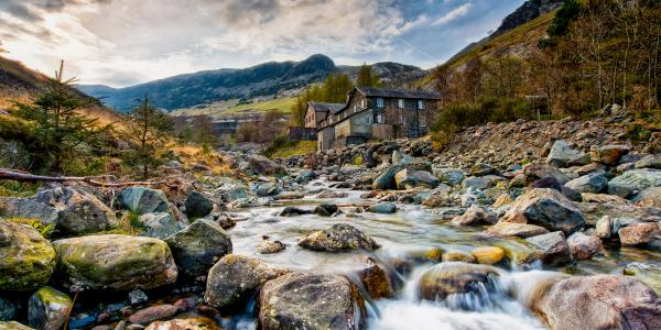 YHA Helvellyn and river